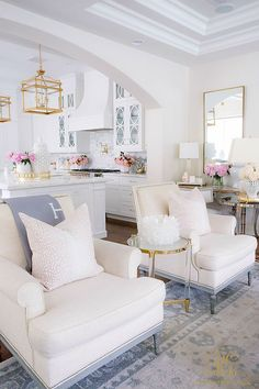 Get the Look - Light and Airy Living Room - Randi Garrett Design Luxury Living Room, Home Living Room, Transitional Living Rooms, Home, Living Room White, Room Inspiration, Beautiful Home Designs, Havenly Living Room, Feminine Living Room