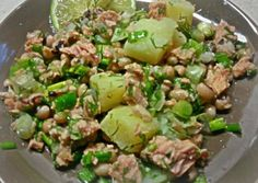 Salad Recipes, Healthy Recipes, Lunch To Go, Food Decoration, Happy Foods, Salad Bar, Greek Recipes, Healthy Nutrition, Seafood Recipes
