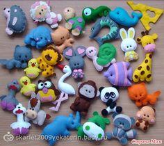 Felt animals by ukrainianall on Etsy Foam Crafts, Diy And Crafts, Felt Crafts Patterns, Diy Quiet Books, Animal Projects, Felt Fabric, Felt Diy, Stuffed Animal Patterns, Felt Ornaments