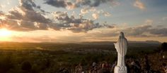 I 10 segreti di Medjugorje   M. M. Skydiving, Celestial, Sunset, Outdoor, Hobby, Heaven, Tandem Jump, Sunsets, The Great Outdoors