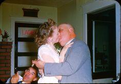 Kiss me, pops !