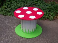 Kindertisch => aus Kabeltrommel selbstgebaut #DIY #Kids #Fliegenpilz