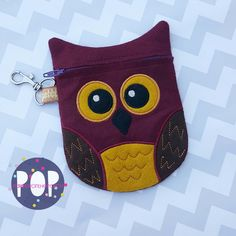 Parker on the porch, owl zipper bag ith embroidery design file