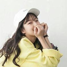 Choi Hee, Aesthetic Fonts, G Friend, Female Characters, Kpop Girls, Korean Girl, Pretty Girls, Ulzzang, Girl Group