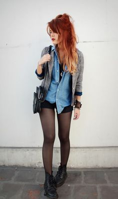 CUte look: Ombre Red Hair - Denim Shirt 90s revival grunge fashion