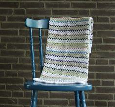 Spike stitch blanket, crochet pattern | Happy in Red