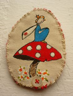 Fairy brooch for sheri - sew onto a jacket or T-shirt? Textile Jewelry, Fabric Jewelry, Free Machine Embroidery, Diy Embroidery, Fabric Brooch, Creative Textiles, Quilted Ornaments, Crochet Leaves, Button Art