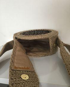 """Ben beni seven ümmetimi almadan cennete gitmem""diyen bir Crochet Circles, Crochet Round, Love Crochet, Knit Crochet, Crochet Handbags, Crochet Purses, Crochet Bags, Circle Purse, Crochet Shoulder Bags"