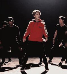 luhan 'adventure time' dance practice (3/8)