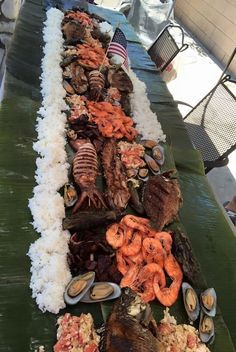 Boodle fight...yummy