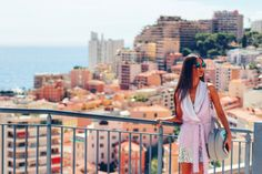 Diana Flore waistcoat and Concept15 handbag