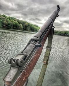 Old but gold. Who can name this freedom bringing weapon? Military Guns, Military Humor, Ww2 Weapons, M1 Garand, Every Day Carry, Hunting Rifles, Assault Rifle, Guns And Ammo, Vietnam War