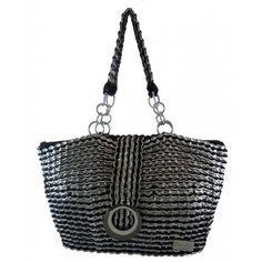 EcoChic bag, made by recycling soda can pull tabs  Greta borsa ecologica a mano realizzata con linguette di lattine