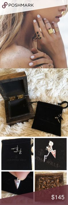 Samantha Wills Onyx Band of Outsiders Ear Jackets NWOT💕Gorgeous Onyx and Silver Ear Jackets. Please see product info listed.💕Includes small velvet pouch and keepsake wooden box. Jewelry Earrings