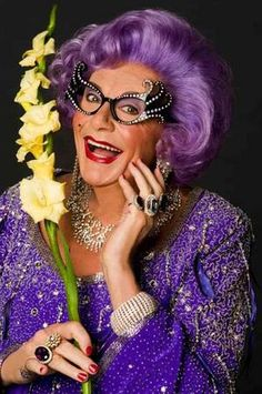 """Aussie icon - the wonderful Dame Edna/Barry Humphries """"Hello Possums. Never be afraid to laugh at yourself. After all, you could be missing out on the joke of the century. Rupaul, Barry Humphries, Dame Edna, Ally Mcbeal, Australian Actors, Australian People, Laugh At Yourself, Thats The Way, Celebs"""