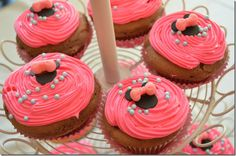 Minnie Mouse Birthday Party - pink cupcakes