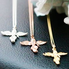Annie Haak, the Award-winning jeweller, designs a variety of styles in Sterling Silver, Gold and Rose Gold, featuring precious stones. Unique Bracelets, Annie, Jewelry Sets, Arrow Necklace, Rose Gold, Pure Products, Sterling Silver, Crystals, Earrings