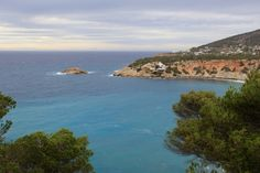 All the best photo spots in Ibiza - with stunning photos!