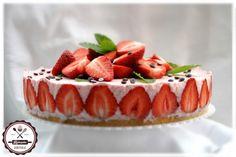 Egyszerű, habkönnyű és isteni finom! ;) Healthy Recipes, Healthy Food, Essie, Healthy Lifestyle, Cheesecake, Drink, Healthy Foods, Beverage, Cheesecakes