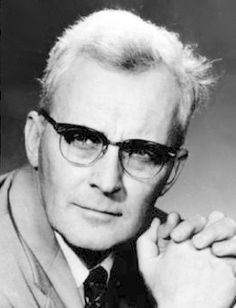 7 quotes every LDS should know by Hugh Nibley. He was a man of great intellect and spiritual strength. As one of the most gifted scholars of the Church, Nibley enlightened many through his extensive study of the gospel. Mormon Quotes, Lds Quotes, Hugh Nibley, General Conference Quotes, Church Quotes, Spiritual Thoughts, Lds Church, Scripture Study, Relief Society