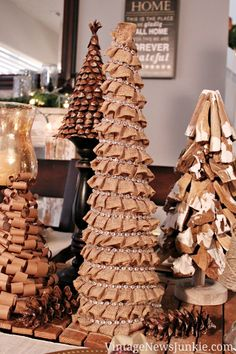 DIY Mini Christmas Tree Decor Ideas — Make these simple mini Christmas trees perfect to include every year with your Christmas decorations. Burlap Christmas Tree, Indoor Christmas Decorations, Christmas Gift Baskets, Mini Christmas Tree, Christmas Tree Themes, Homemade Christmas Gifts, Christmas Gift Wrapping, Best Christmas Gifts, Simple Christmas