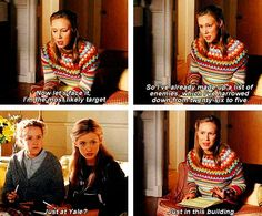 Oh Paris, making no friends since her Chilton days (poor Brad) Best Tv Shows, Favorite Tv Shows, Movies And Tv Shows, Glimore Girls, Girls Life, Team Logan, Gilmore Girls Quotes, Lorelai Gilmore, Netflix