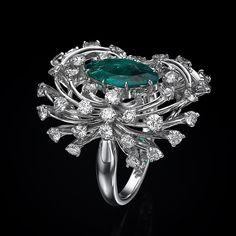 #yanushgioielli #emeralds #diamonds