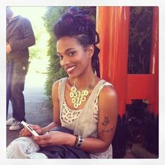 Freema Agyeman . Love her hair in Sense8