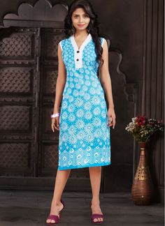 Extravagant Blue Flower Print Fancy Printed Tunic