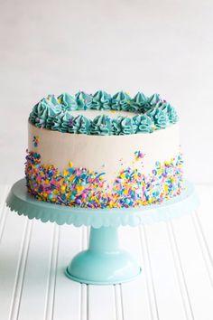 Best Image of Simple Birthday Cake Decorating Ideas . Simple Birthday Cake Decorating Ideas Funfetti Cake Recipe With Sprinkles Cakepiping Cake Decorating Funfetti Kuchen, Funfetti Cake, Cute Cakes, Pretty Cakes, Food Cakes, Cupcake Cakes, Cake Cookies, Homemade Birthday Cakes, Cake Birthday
