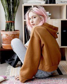 top tumblr rust sweatshirt hoodie denim jeans light blue jeans boots black boots high heels boots platform boots pink hair
