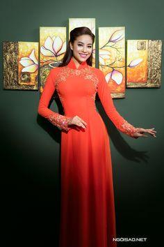 Phạm Hương xinh đẹp với áo dài cưới họa tiết 3D - Ngôi sao
