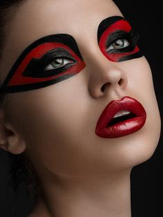 Red-and-black-makeup