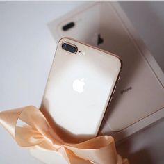 Repost from using - New Year Gift Tag someone youd l. Repost from Free Iphone, Iphone 8 Plus, Iphone 7, Apple Iphone, Iphone Cases, Samsung Galaxy Phones, Accessoires Iphone, Best Smartphone, Iphone Accessories