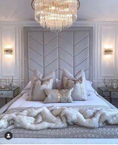 Big Bedrooms, Small Master Bedroom, Glam Bedroom, Bedroom Decor, Bedroom Inspo, Dream Home Design, House Design, Design Your Bedroom, Bedroom Designs