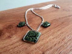 Collar vidrio fundido verde flores de BGLASSbcn por DaWanda.com