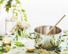 7 goda saker du måste göra av fläder i sommar | Mitt kök Moscow Mule Mugs, Tableware, Kitchen, Juice, Baking Center, Dinnerware, Cooking, Tablewares, Kitchens