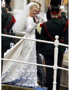 Royal Wedding Gowns - Best Bridal Gowns at Royal Weddings - Harper's BAZAAR