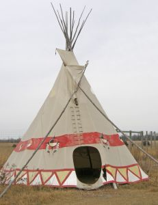 Kids learn about Native American Indian homes and dwellings in the United States. Teepee wigwam longhouse pueblo and more. & Blackfeet Indian Teepee Photograph - Blackfeet Indian Teepee Fine ...