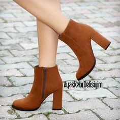 Thick Heel Boots, Thick Heels, High Boots, Heeled Boots, Shoe Boots, Shoes Heels, Pumps, Boot Heels, Victoria Beckham
