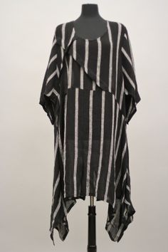 Transparente Lagenlook  Linen Striped Tunic.  I want a pattern to make this!