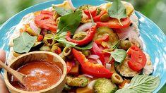 Вкусна пица на тиган с много зеленчуци и веган кашкавал Vegan Pizza, Caprese Salad, Food, Meal, Essen, Hoods, Meals, Insalata Caprese, Eten