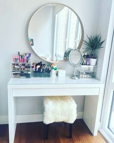 Makeup vanity table by IKEA. IKEA malm dressing table with IKEA stool and mirror. - - Makeup vanity table by IKEA. IKEA malm dressing table with IKEA stool and mirror. Makeup organizers by M. Makeup Table Vanity, Vanity Room, Diy Vanity, Vanity Ideas, Makeup Desk, Makeup Vanities, Mirror Ideas, Makeup Tables, Ikea Vanity Table