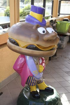 This North Hollywood, California McDonald's houses a ton of vintage goodies! Including this Mayor McCheese statue.