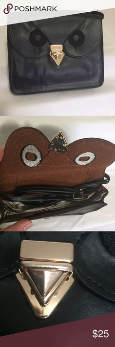 ✨1 left!✨ Adorable black owl crossbody bag NEW! - black PU leather, owl crossbody bag. This piece is so adorable, and perfect for a out in the town. Accepting reasonable offers, or bundle for a discount. Bags Crossbody Bags