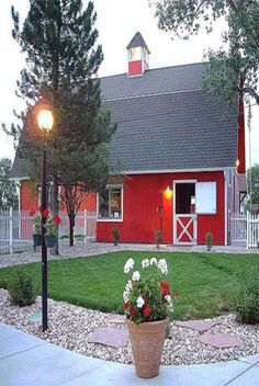 I thought It To Be A House, But Is Really One Very Fancy Barn