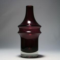 Tamara Aladin for Riihimäen Lasi Vintage Vases, Retro Vintage, Glass Design, Design Art, Art Nouveau, Lassi, Interior Accessories, Modern Contemporary, Glass Art