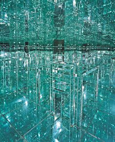 New Mirrored Infinity Room Immerses Viewers in Mesmerizing World of Endless Reflections - My Modern Met