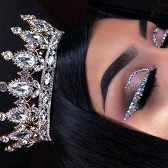 25 Pretty Makeup Looks to Try in 2019 Glam Makeup, Baddie Makeup, Cute Makeup, Girls Makeup, Gorgeous Makeup, Pretty Makeup, Beauty Makeup, Black Girl Makeup, Glitter Makeup