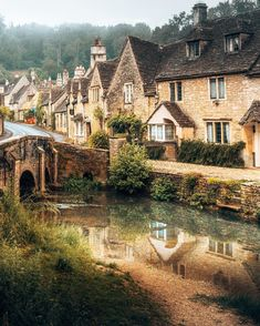 Amazing Architecture, Landscape Architecture, Reflection Photos, Castle Combe, Architect House, French Interior, Good House, Being In The World, Decor Styles